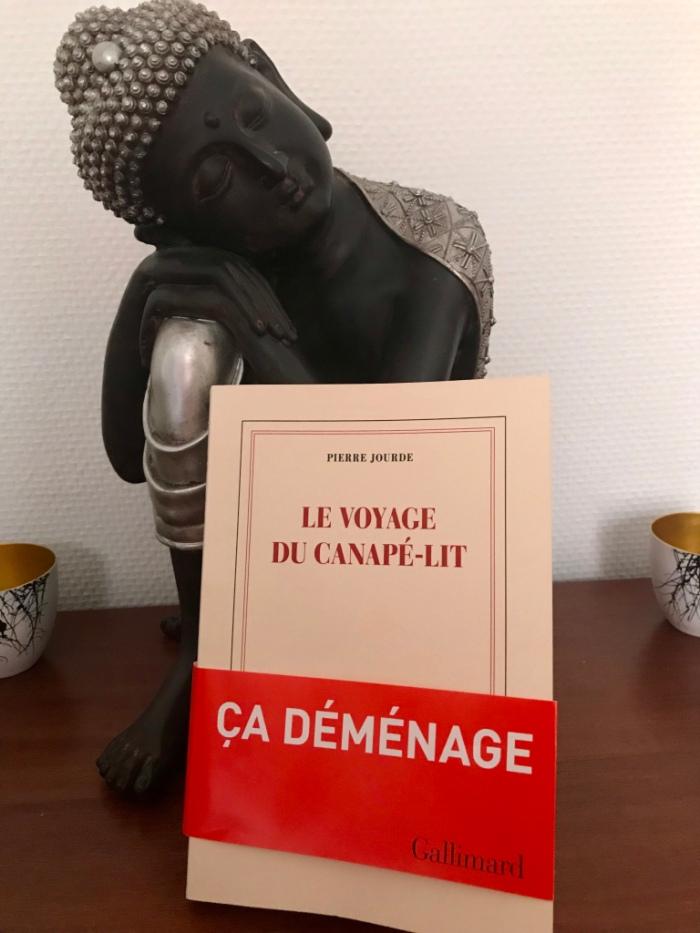 le-voyage-du-canape-lit